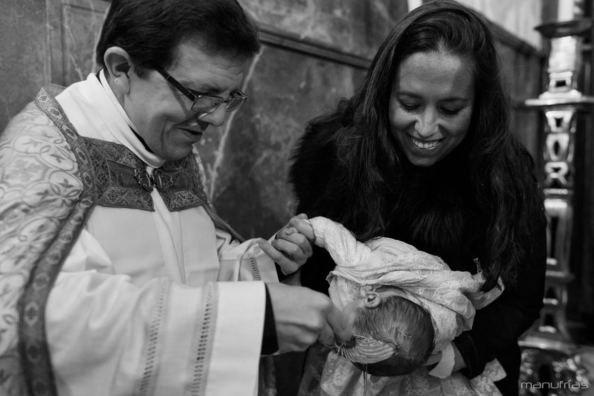 fotografo-bautizo-sevilla-manufrias