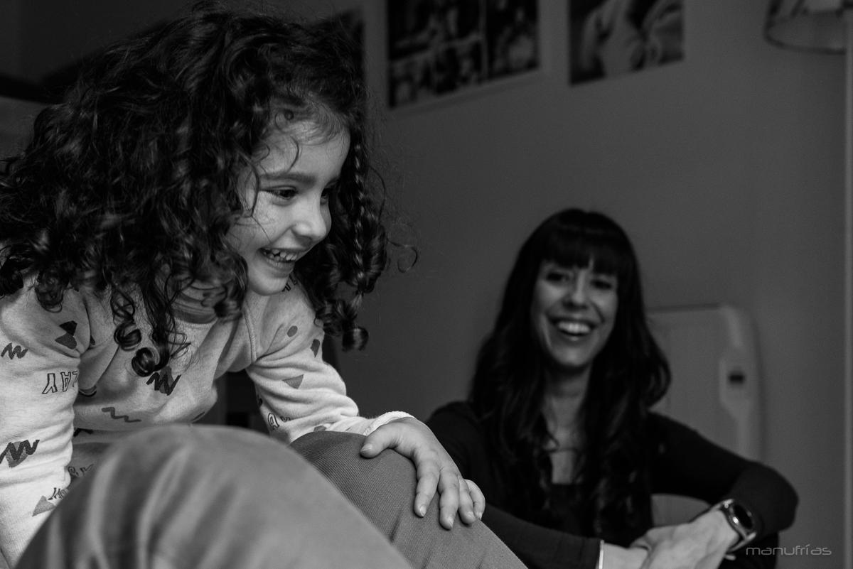 fotografia-infantil-sevilla-sesion-familia-manufrias