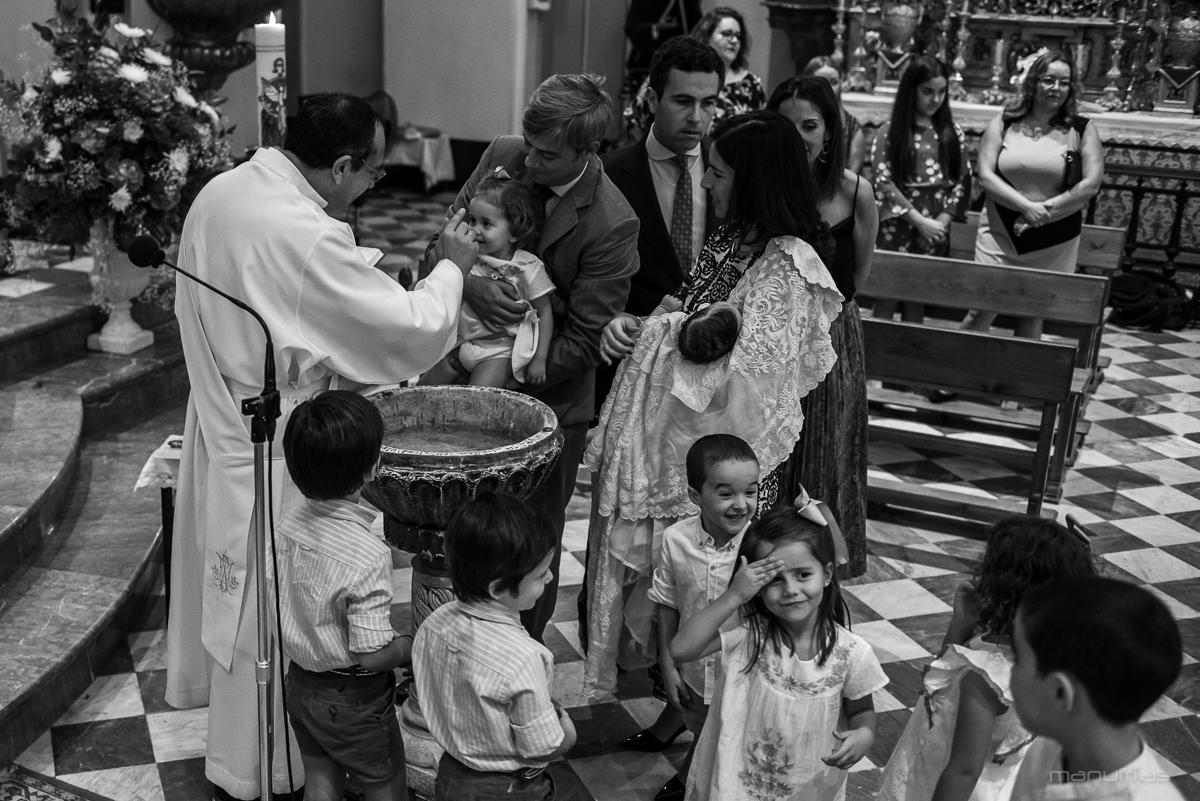 manufrias-fotografo-bautizo-sevilla-san-bernardo